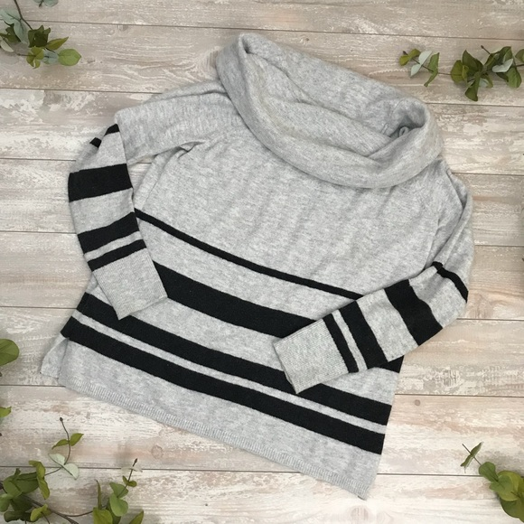 LOFT Sweaters - Gray Soft Cowlneck Sweater